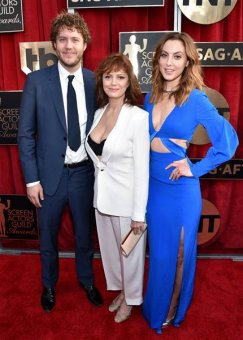 Image: 22nd Annual Screen Actors Guild Awards - Red Carpet